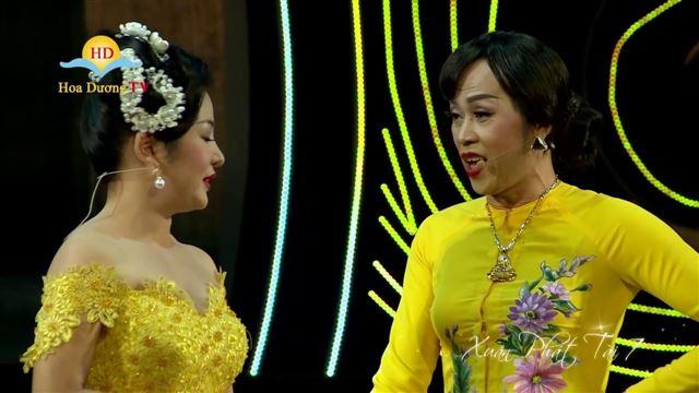 Hoài Linh nói gì khi giả gái trong Xuân phát tài