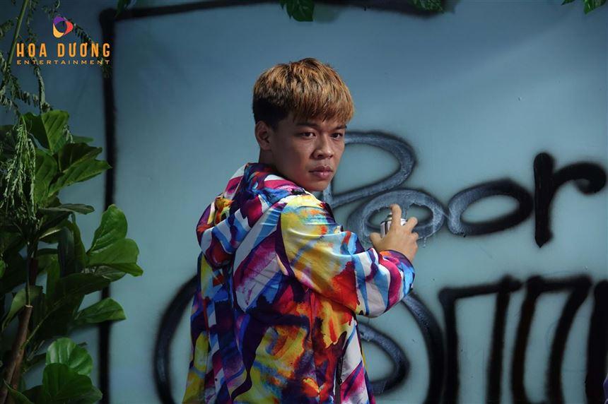 Hậu trường MV nhạc chế cực chất của Hoa Dương
