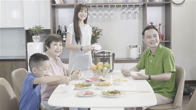 Hậu trường TVC Nagakawa - Nồi cơm tách đường