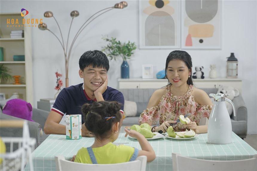 Hình ảnh hậu trường mới nhất của Hoa Dương- sản phẩm Tảo Pro Kids